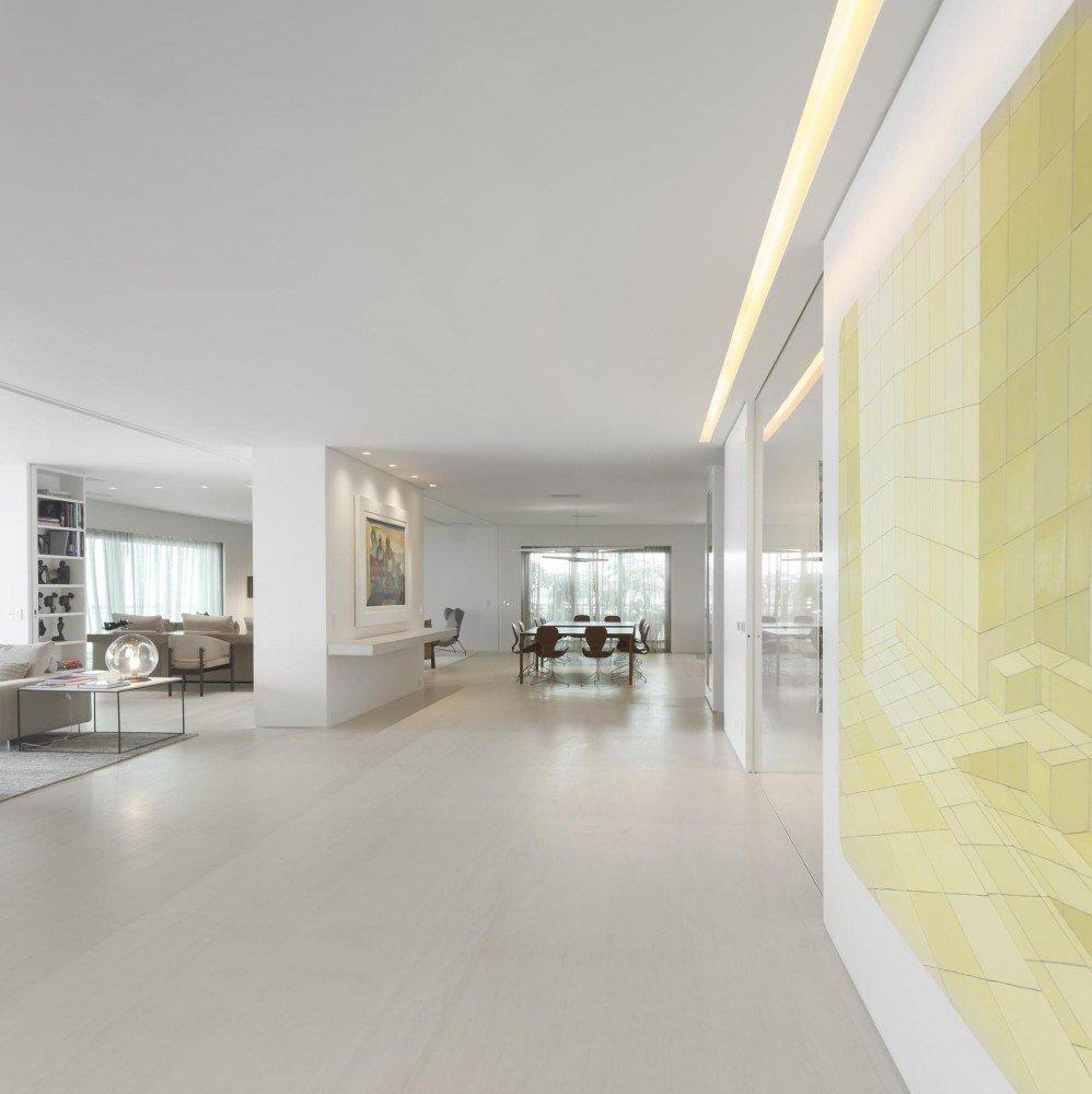 5522fc11e58ecea119000062_gn-apartment-studio-arthur-casas_6-998x1000