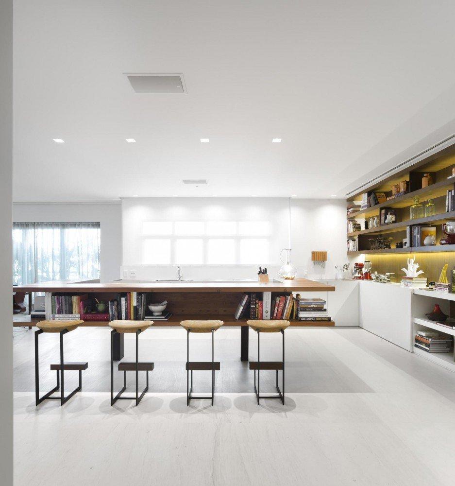 5522fc3fe58ecea119000064_gn-apartment-studio-arthur-casas_17-937x1000