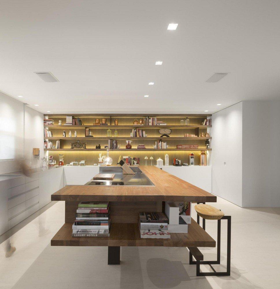5522fc5de58ecea9f800004e_gn-apartment-studio-arthur-casas_25-969x1000