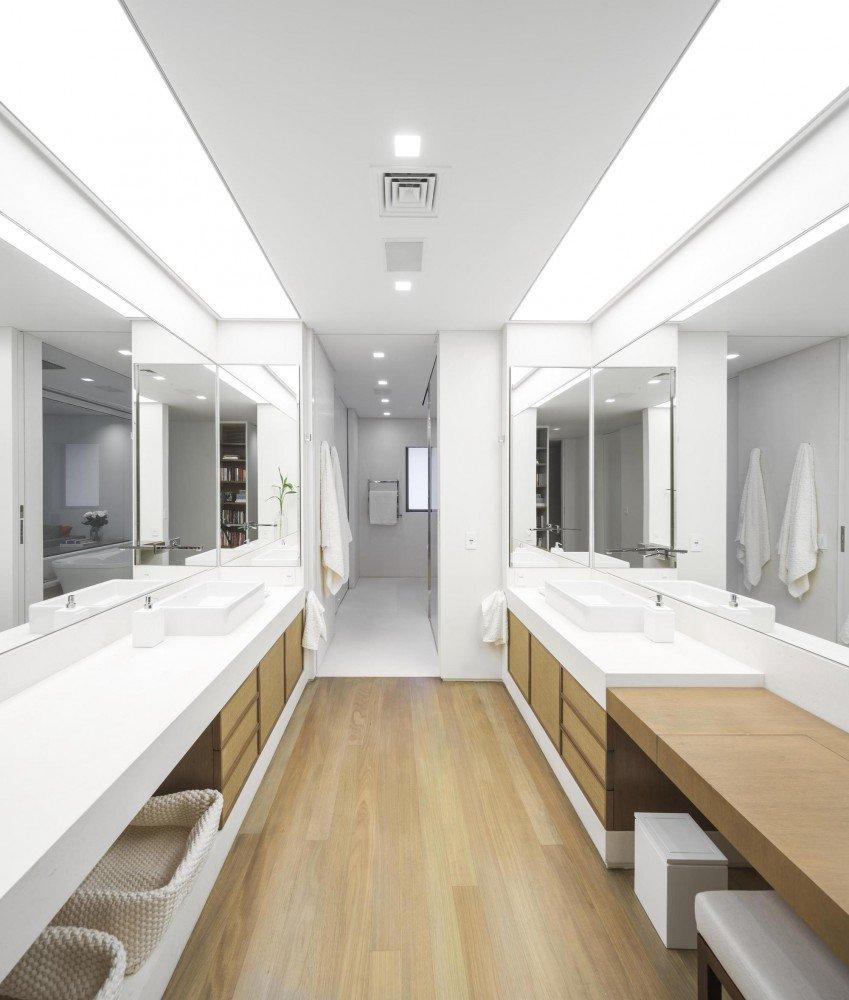 5522fd74e58ecea9f8000059_gn-apartment-studio-arthur-casas_100-849x1000