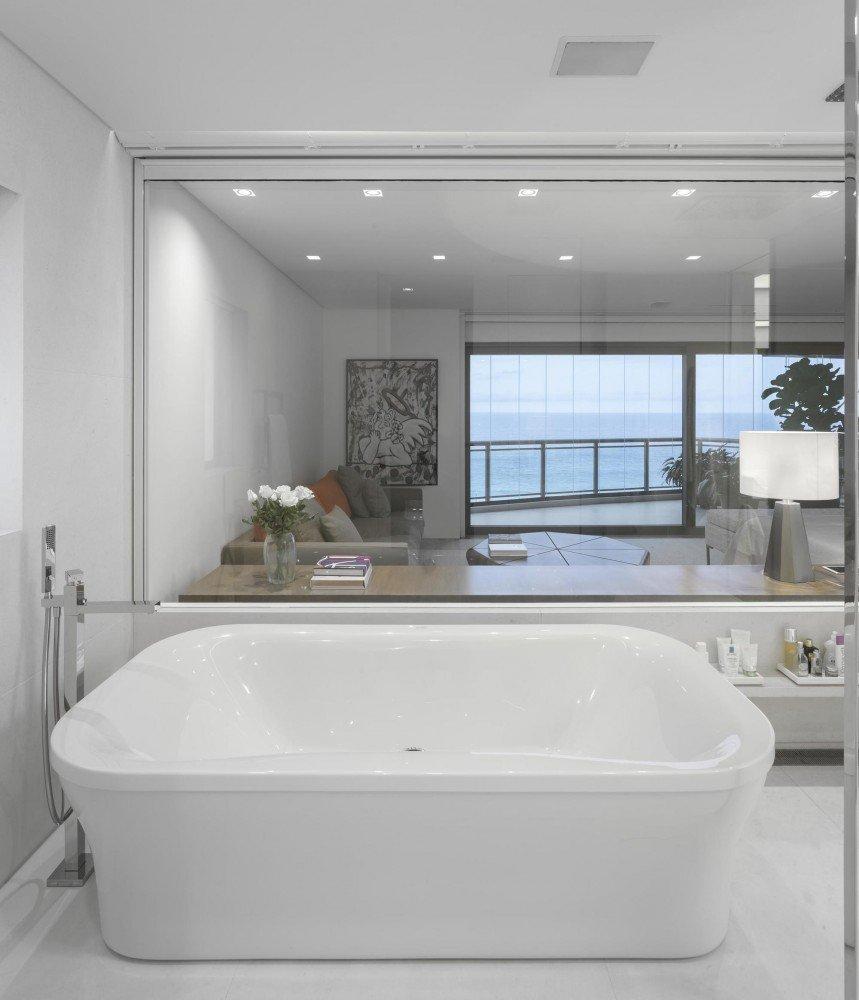 5522fd81e58ecea119000070_gn-apartment-studio-arthur-casas_102-859x1000