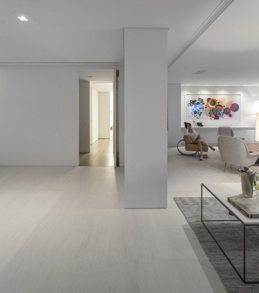 5522fdc4e58ecea9f800005c_gn-apartment-studio-arthur-casas_114-886x1000