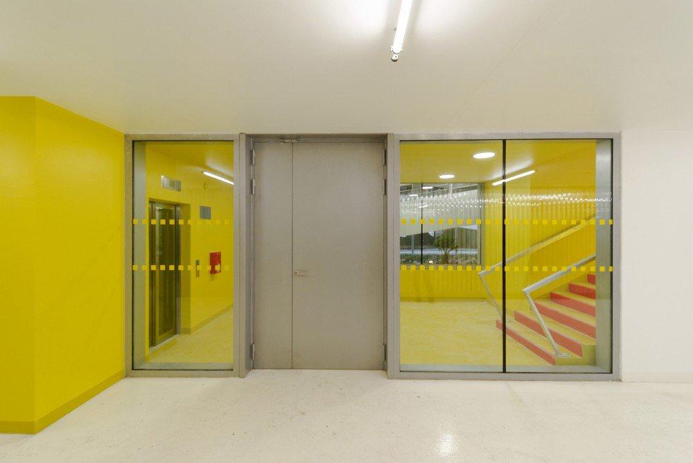 5552125fe58ece92c7000261_parking-building-in-grenoble-gap-architectes_dsc_2194_br-1000x669