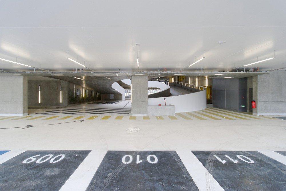 55521283e58ece92c7000262_parking-building-in-grenoble-gap-architectes_dsc_2227_br-1000x669